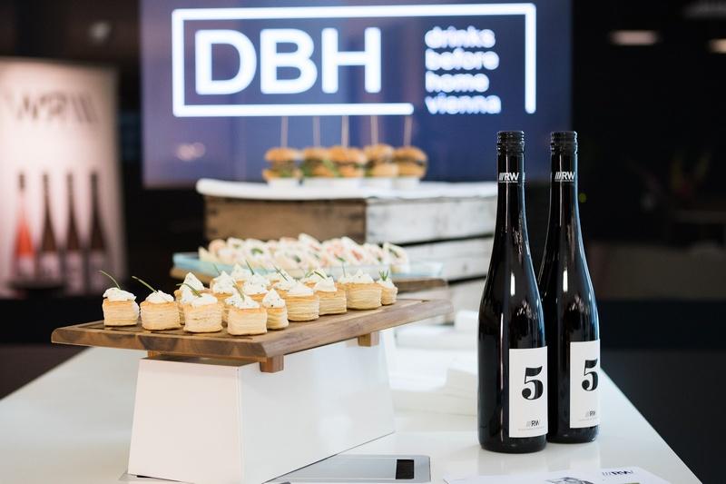 DBH 7.9.2016 Stimmungsvolles DBH für die Immobilienszene. Vinophiler Abend in good company.